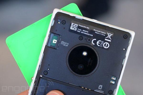 Если внимательно присмотреться, то видна страна производитель lumia 830