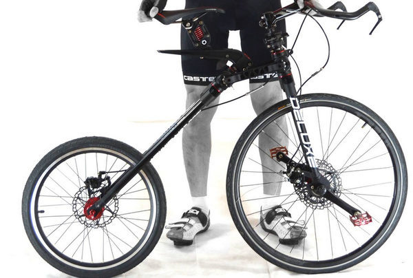 "Футуристический велосипед ""MC2"""