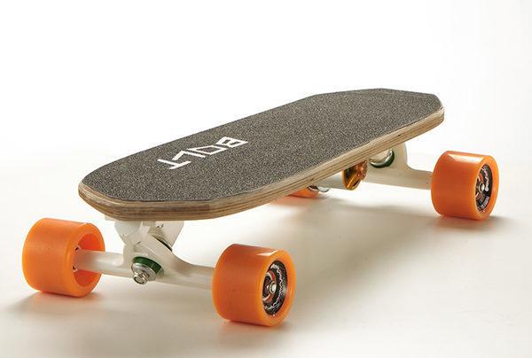 Самый маленький и легкий электрический скейтборд в мире