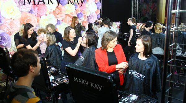 В столице состоялся весенний показ Mercedes-Benz Fashion Week Russia